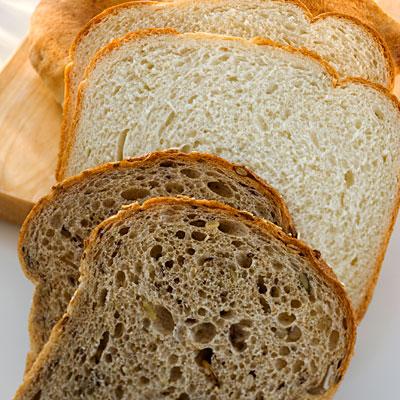 White whole bread 400x400
