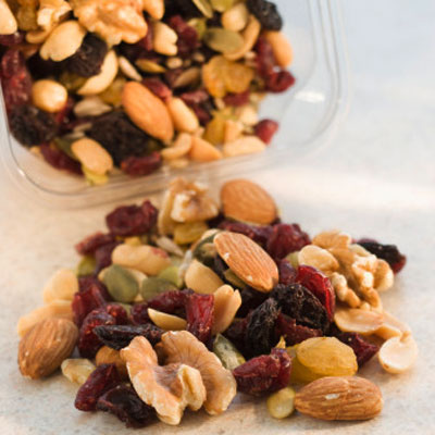 trail mix grocery 400x400 5 Post Workout Snacks to Refuel Muscles