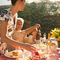 dinner-children-family-help
