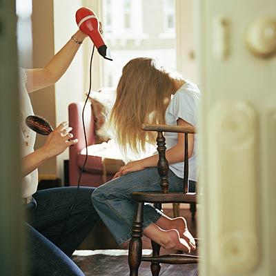 hair-dryer-kill-lice