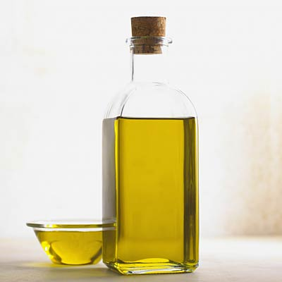 olive-oil-kill-lice
