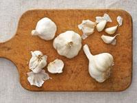 sni-garlic-opener