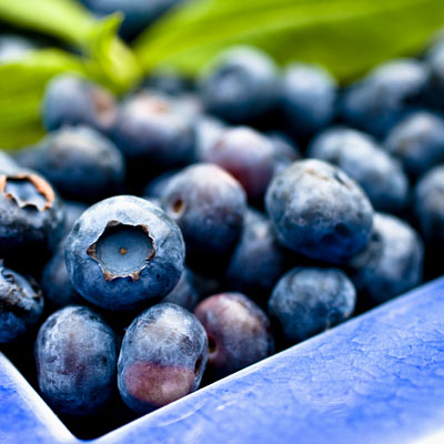 beer-blueberries-tummy