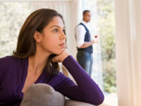 couple breakup miscarriage 200x150 Couples at Greater Risk of Breakup After Pregnancy Loss 