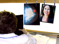doctor-mamogram-picture
