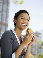 eating-healthy-sandwich