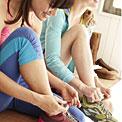 women-knotting-sneakers-20501331