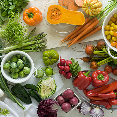 colorful-vegetable-table