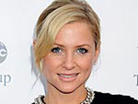 jessica-capshaw