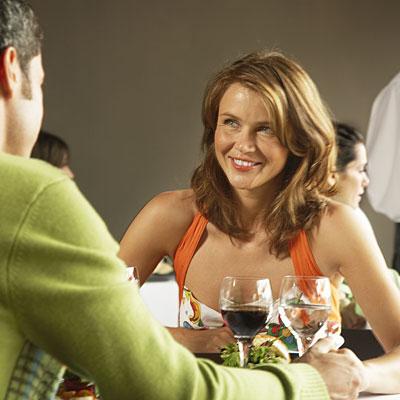 drinking-wine-date