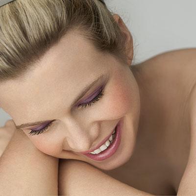 girl-purple-eyeshadow