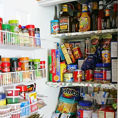 pantry-piles-junkfood