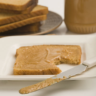 peanutbutter-toast-knife