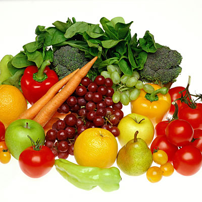 pile-fruits-veggies