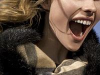 screaming-woman-hair