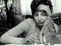 bipolar-woman-alcohol