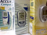 diabetes-choosing-glucose-meter
