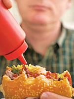 burger-ketchup-cholesterol