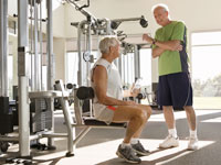 senior-men-lifting-weights-in-gym