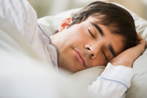 man-sleep-good-how-much-300x200.jpg (300×200)