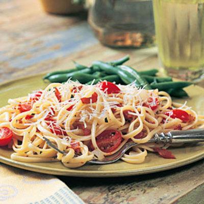 bacon-tomato-linguine