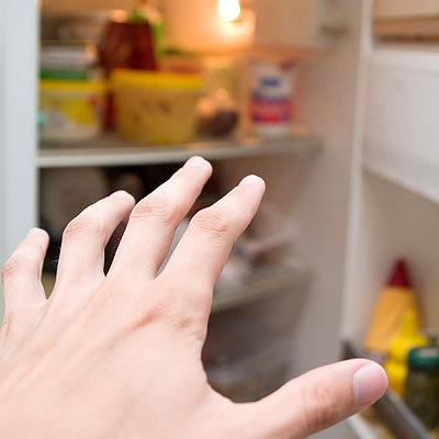 fridge-reach