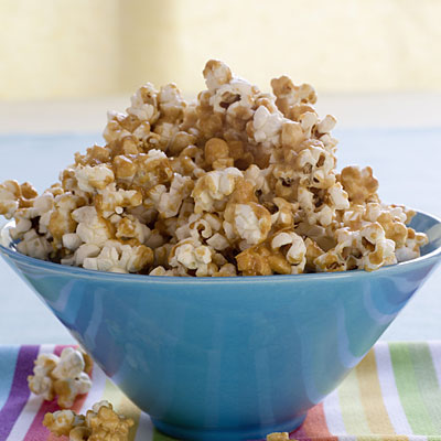 caramel-popcorn-bowl
