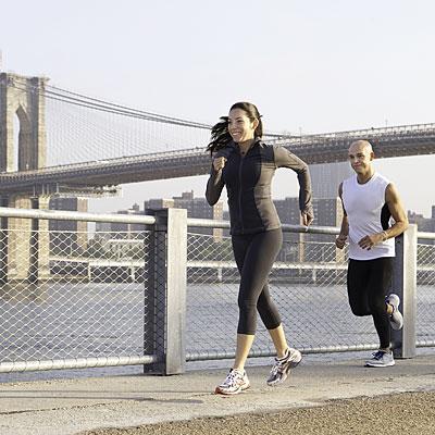 couple-exercising-running