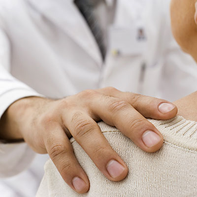 doc-hand-patient-cancer