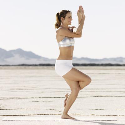 yoga-cellulite-eagle-pose