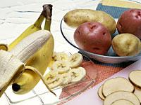 eat-banana-potassium
