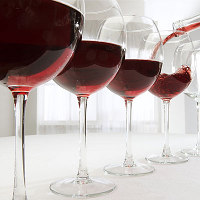 http://img2.timeinc.net/health/images/slides/false-red-wine-benefits-400x400.jpg