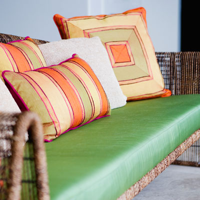 home-bright-pillows