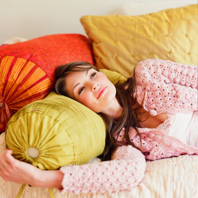 instant-calm-bed-pillows
