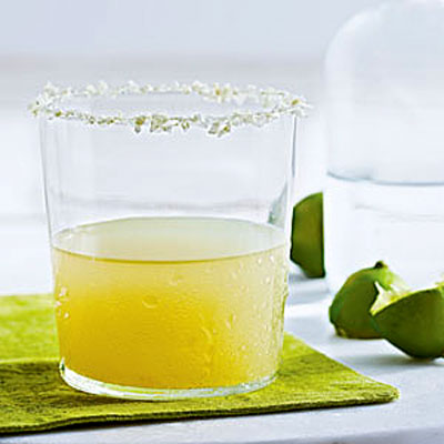 key lime margarita cal 400x400 Pucker Up With This Key Lime Margarita Recipe