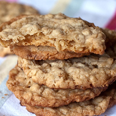 Peanut Butter Oatmeal Cookies - Healthy Peanut Butter Cookies and ...