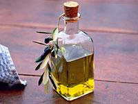 omega-3-olive-oil-leaves