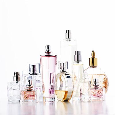 perfumes-on-white