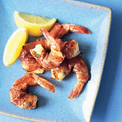 prosciutto-wrapped-basil-shrimp