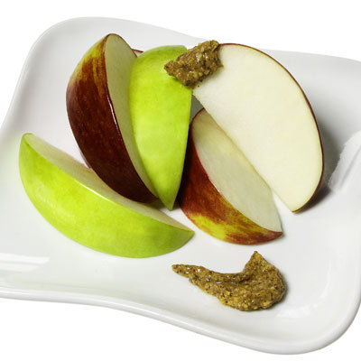 apple-slices-almond-butter