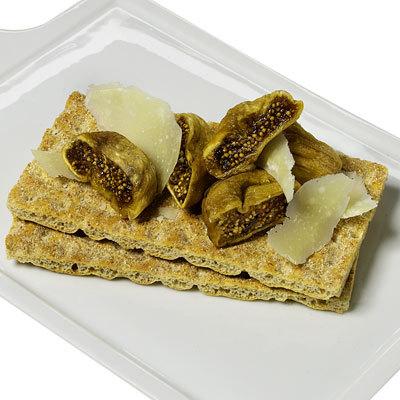 bread-parmesan-fig