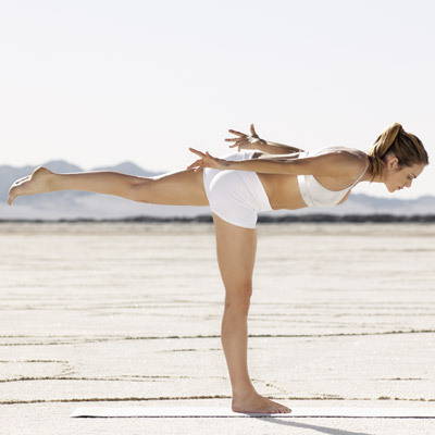 yoga-cellulite-warrior-pose