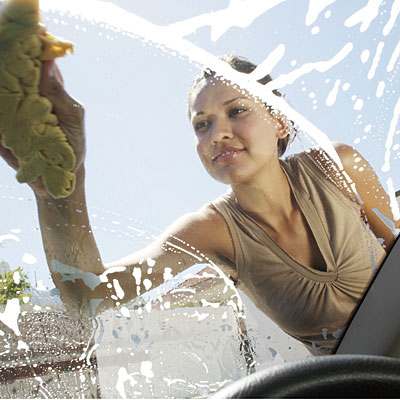 woman-car-wash