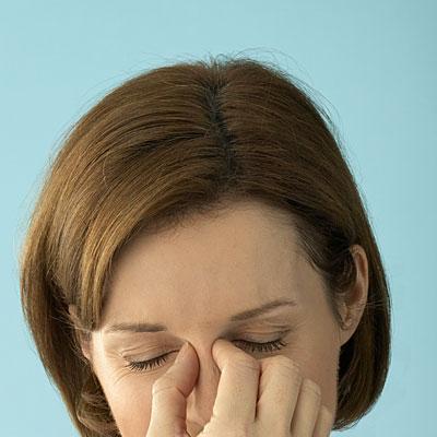 woman-sinus-pain