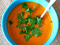 coconut sweet potato soup 200x150 Healthy Cooking on the Cheap: Ginger Honey Cashew Chicken, Coconut Curried Sweet Potato Soup, and Bacon and Cheese Muffins