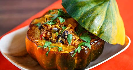 mexican stuffed acorn squash 462x242 Healthy Cooking on the Cheap: Latin American Cuisine