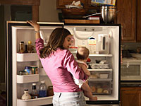 mom-baby-fridge