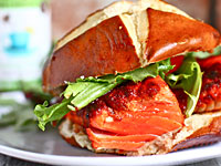sweet-spicy-salmon-sandwiches