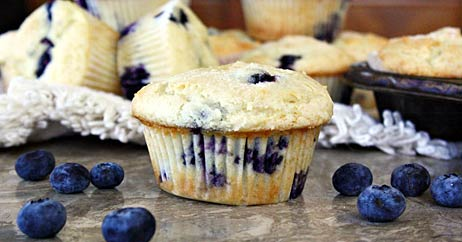 vegan blueberry lemon muffins 462x242 Recipe Makeover: Vegan Blueberry Lemon Muffins