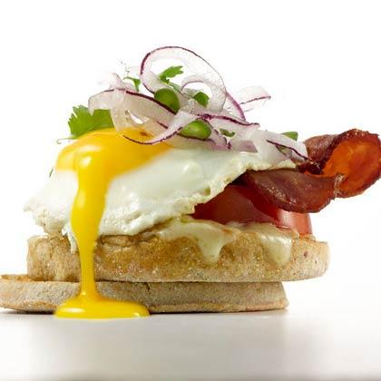 Healthy bacon and eggs recipe